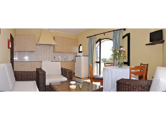 Tonel Apartaments: Kitchenette