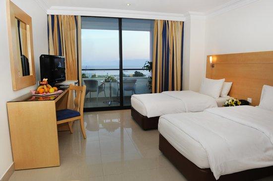 Mina Hotel: Room