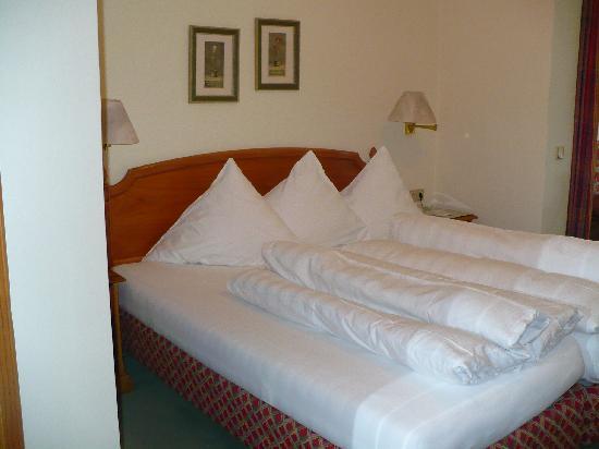 KOLLERs Hotel: Habitacion