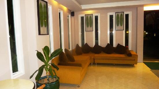 Thanthip Beach Resort: lobby