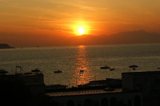 Villa Durrueli: Sunrise from hotel
