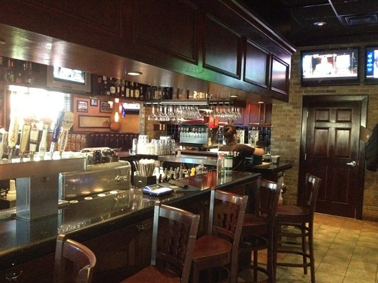 Houlihan S Farmingdale Restaurant Reviews Phone Number Photos Tripadvisor