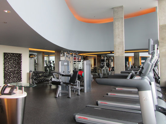 Montreal Airport Marriott In-Terminal Hotel: Fitness center