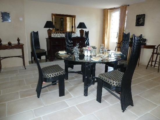 Domaine des Faures : dining room