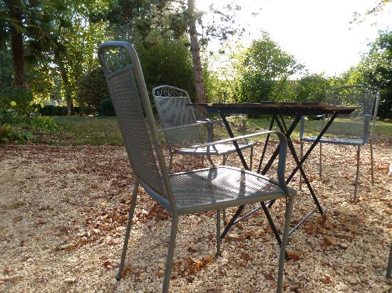 Domaine des Faures : fall seating
