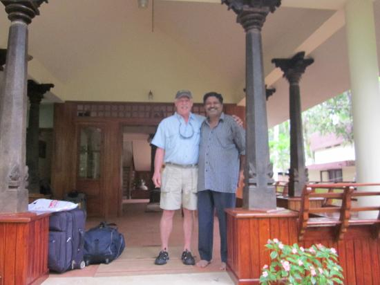 Palmleaves Beach Resort : Owner Matthew with my father on front step of hotel