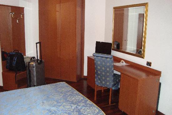 Excel Hotel Roma Ciampino: Zimmer