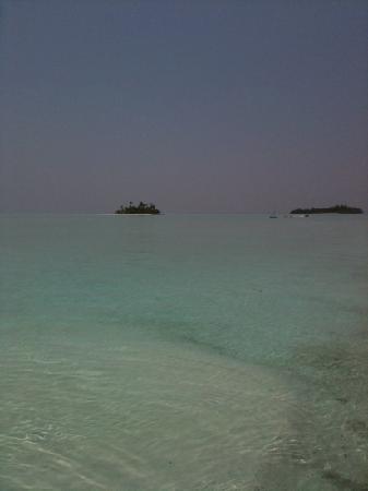 Rihiveli by Castaway Hotels & Escapes: isole deserte nella laguna del rihiveli