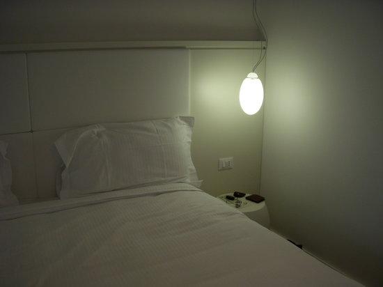 Holiday Inn Nola - Naples Vulcano Buono: Clean bed