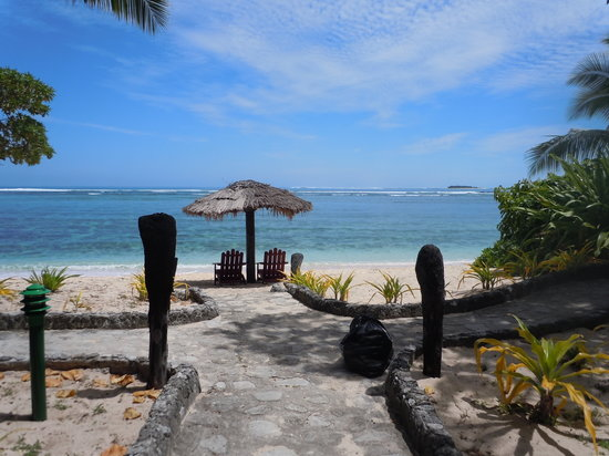 Tavarua Island, Fiyi: Our incredible view as I am standing in the doorway to our room
