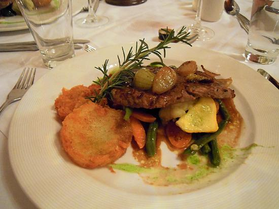 Belvidere Manor: sample of main course diner plate