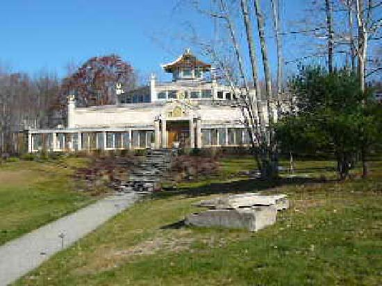 Kadampa Meditation Center New York and World Peace Temple: The World Peace Kadampa Temple