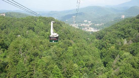 BEST WESTERN Mountainbrook Inn: Aerial Tramway in Gatlinburg, TN