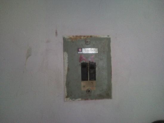 Hotel Minas: Interruptos AC
