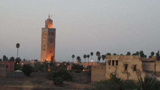 Riad Sidi Mimoune: Rooftop view to Kitubia Mosque