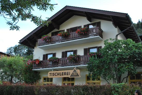 Gaestehaus Haffner : Outside the guesthouse