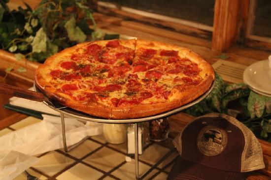 Best Italian Cafe & Pizzeria: Pizza!