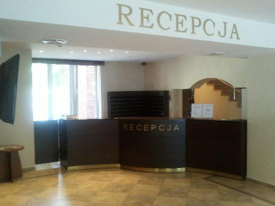 Hotel Logos: Reception