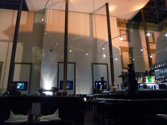 Holbein's: Cool atmosphere