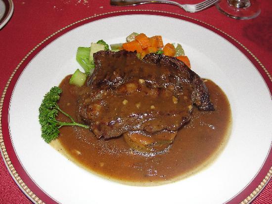Dreams La Romana Resort & Spa : Steak at the French restaurant
