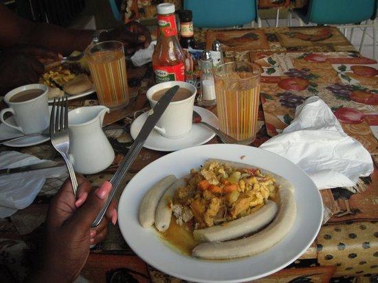 Mom's: my ackee breakfast