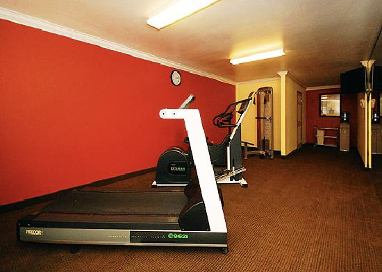 Comfort Inn & Suites near Long Beach Convention Center: Fitness Center