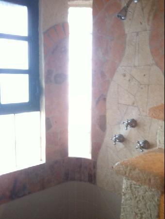 Casa Flamboyan: Bathroom With a View