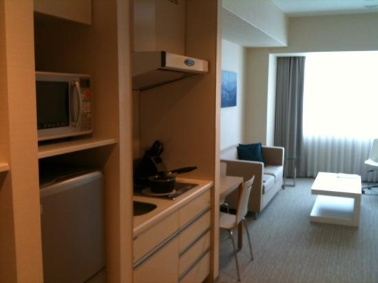 Fraser Residence Nankai Osaka: just checked into my executive one bed. Very clean and cozy!!