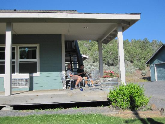 Frenchglen, OR: Porch for relaxing