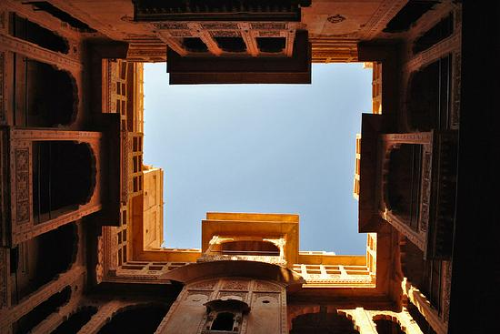 Patwaon-Ki-Haveli: Skylight