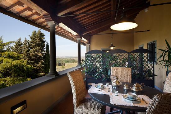Villa Marcellini: terrazza