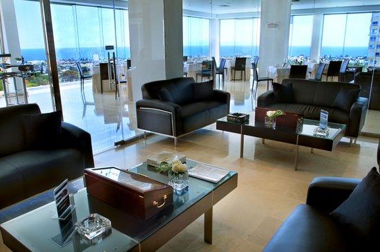 """Dominican Fiesta Hotel & Casino: Lounge """"La Azotea"""""""