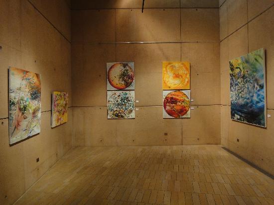 Cathedral of Our Lady of the Angels : Nischen mit Bilderausstellungen