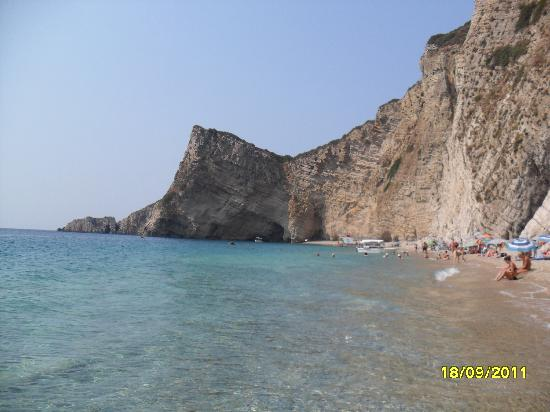 Zafiris Hotel: paradise beach, aka wasp island
