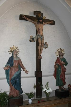 Stadtpfarrkirche Gmunden: Kreuzigungsgruppe