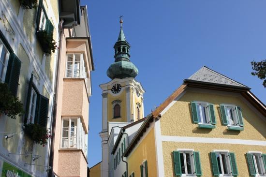 Stadtpfarrkirche Gmunden: Blick von Rinnholzplatz