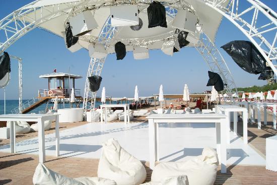 Rixos Premium Belek: Beach Party, héél cool en leuk!