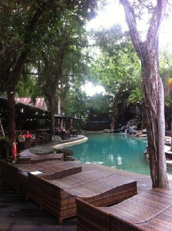 รามาดารีสอร์ท พอร์ทดัคกลาส: pool area