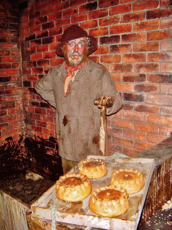 Thackray Medical Museum: Pies