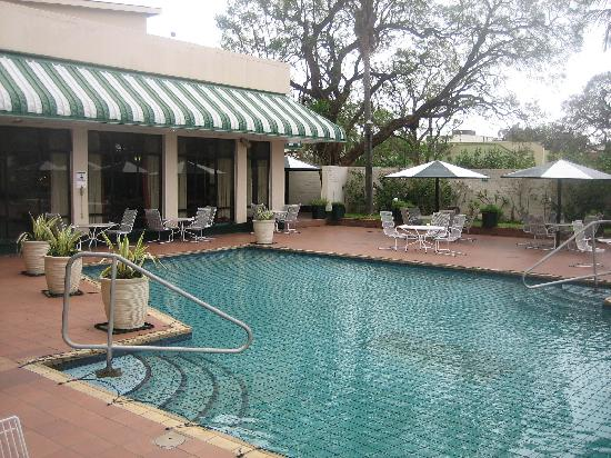Restaurant picture of holiday inn harare harare tripadvisor for Holiday inn with swimming pool