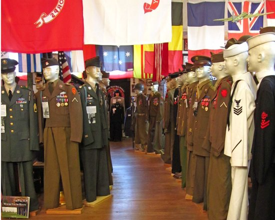 Livingston County War Museum: some of the uniforms