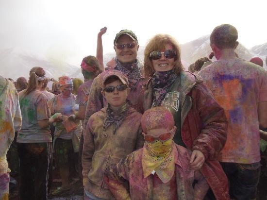 Sri Sri Radha Krishna Temple: Our family post color throw
