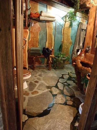 Muleskinner Lodge: Awesome Bathroom