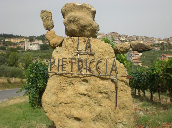 Agriturismo La Pietriccia: all'entrata..