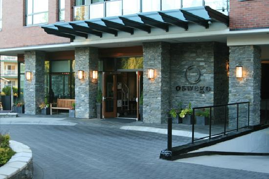 The Oswego Hotel: Front of the hotel.