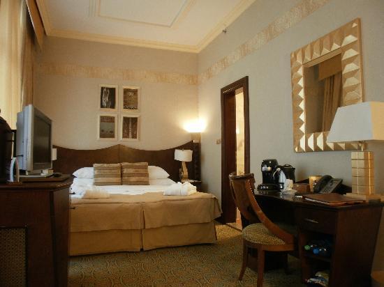 Art Deco Hotel Imperial: deluxe room 4th floor