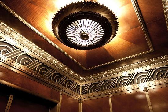 Chrysler Building : ...interno....