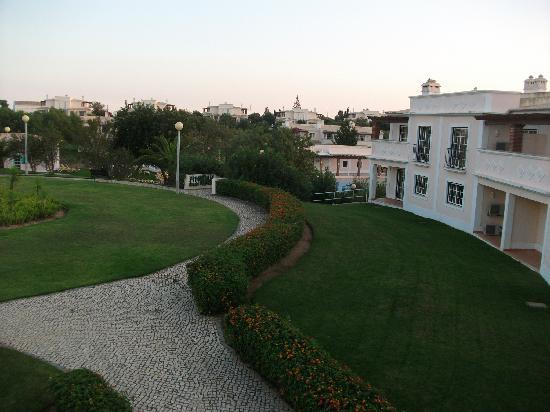 Colina da Lapa: View from Apartment 71