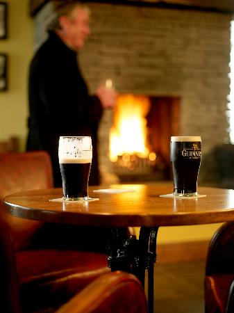 Kettles Country House Hotel: Cosy Bar