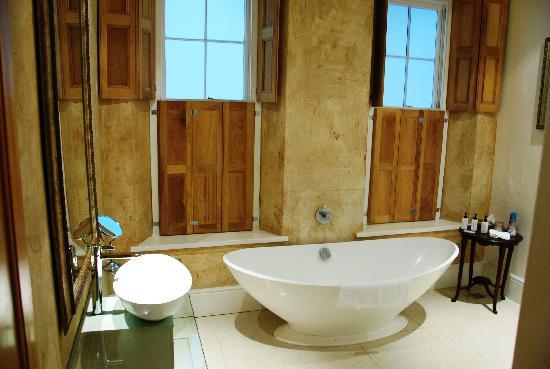 Oude Werf Hotel: nice bathroom